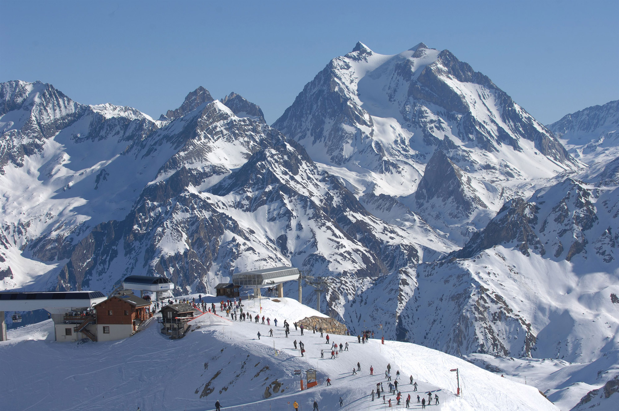 Comment organiser un séjour au ski en groupe