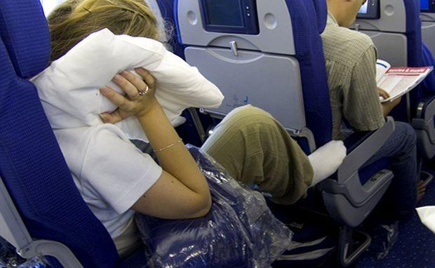 5 conseils pour survivre à un long vol